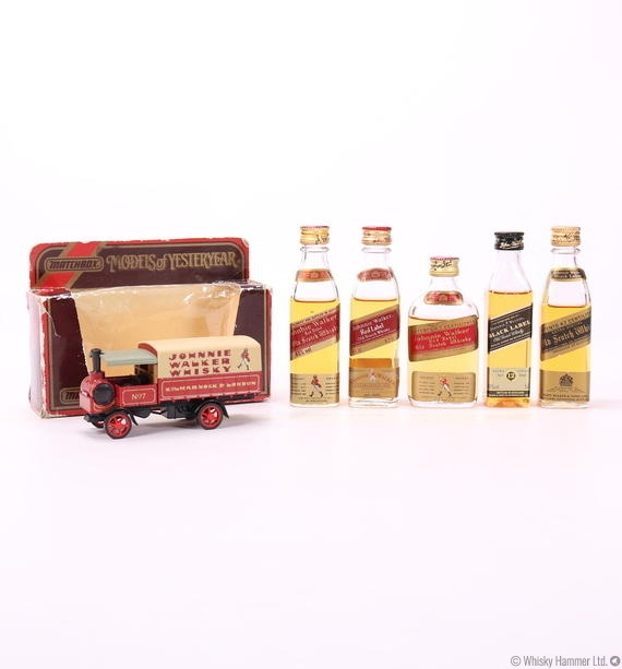 Johnnie Walker Mini Set + Vintage Model Truck