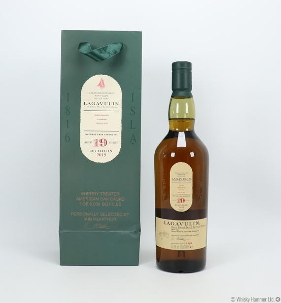 Lagavulin - 19 Year Old - Feis Ile 2019